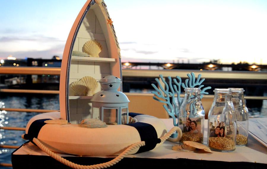 Stewords Riverboat, Decor
